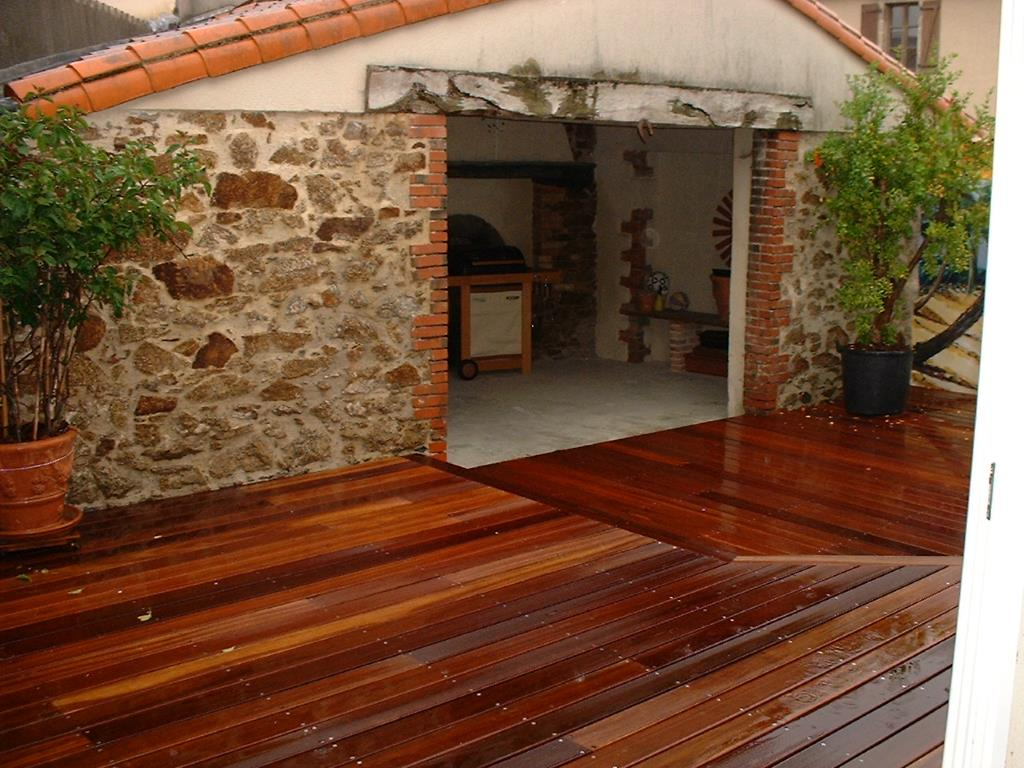 terrasse bois bangkirai. Black Bedroom Furniture Sets. Home Design Ideas